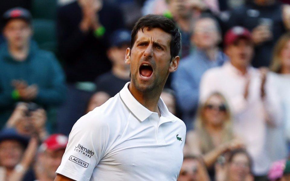 Защитаващият титлата си на тенис-турнира Уимбълдън сърбин Новак Джокович стигна