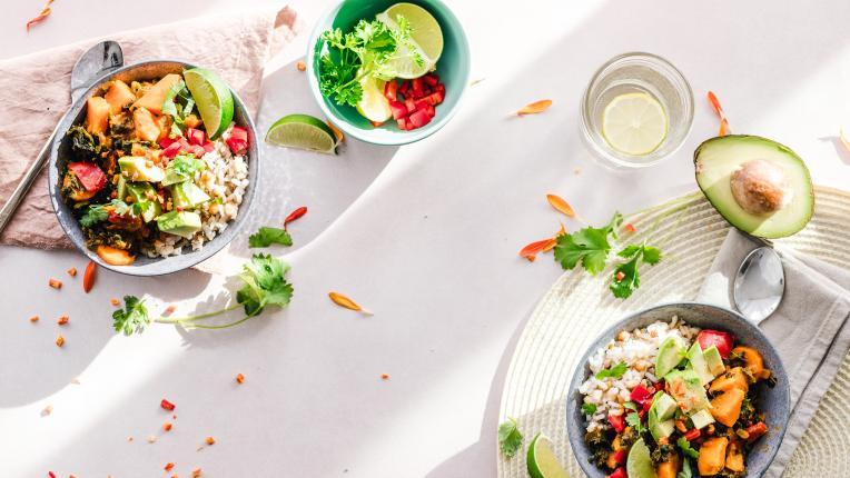 Съветите на Петър Дънов за здравословно хранене