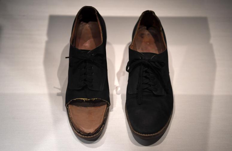 Специалните обувки на Фрида Кало.