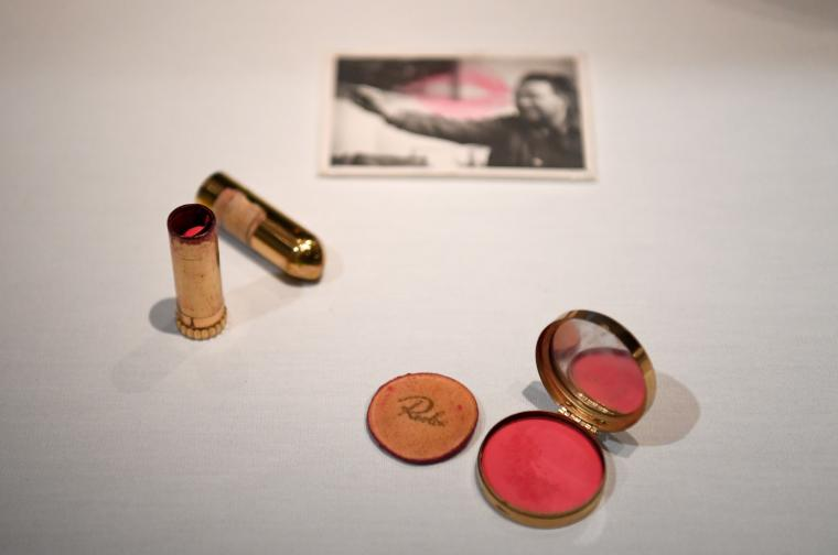 Червилото на Фрида Кало и снимка на Диего Ривера,
