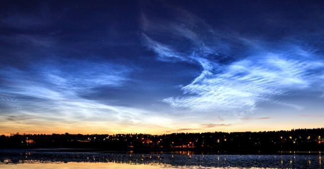 Любопитно Защо в небето над Европа се появиха светещи облаци?
