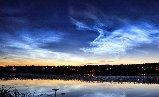 Защо в небето над Европа се появиха светещи облаци?
