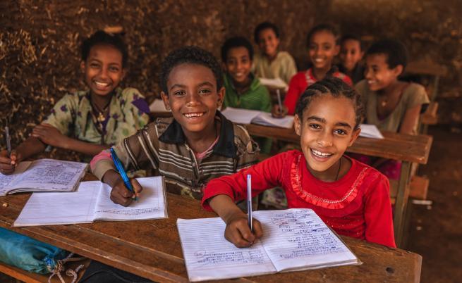 """ООН алармира за """"глобална криза в образованието"""""""