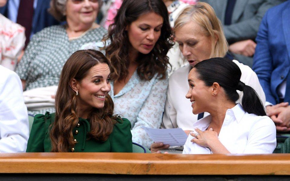 Снимка: Кейт Мидълтън и Меган Маркъл се потопиха в тенис емоциите