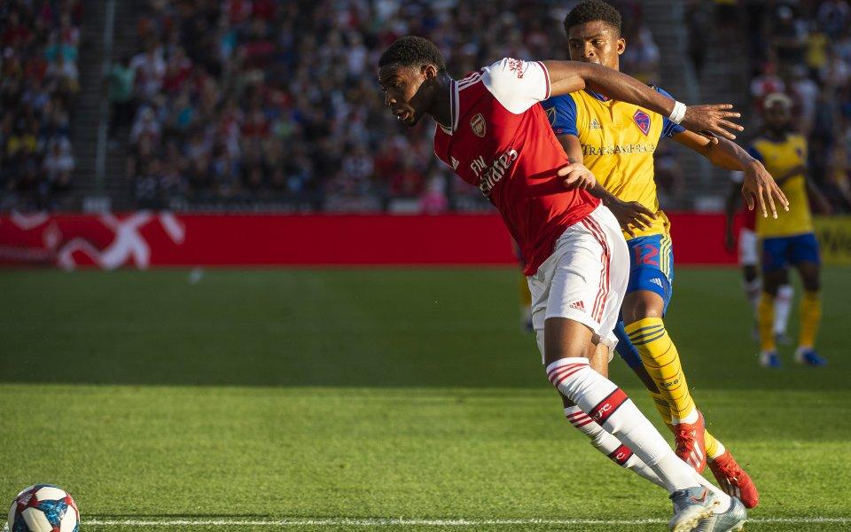Арсенал се позабавлява с американци и ги отстреля три пъти