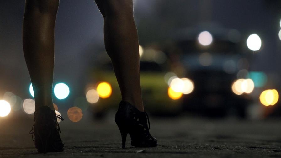 <p>Протест срещу проститутки в Русе</p>