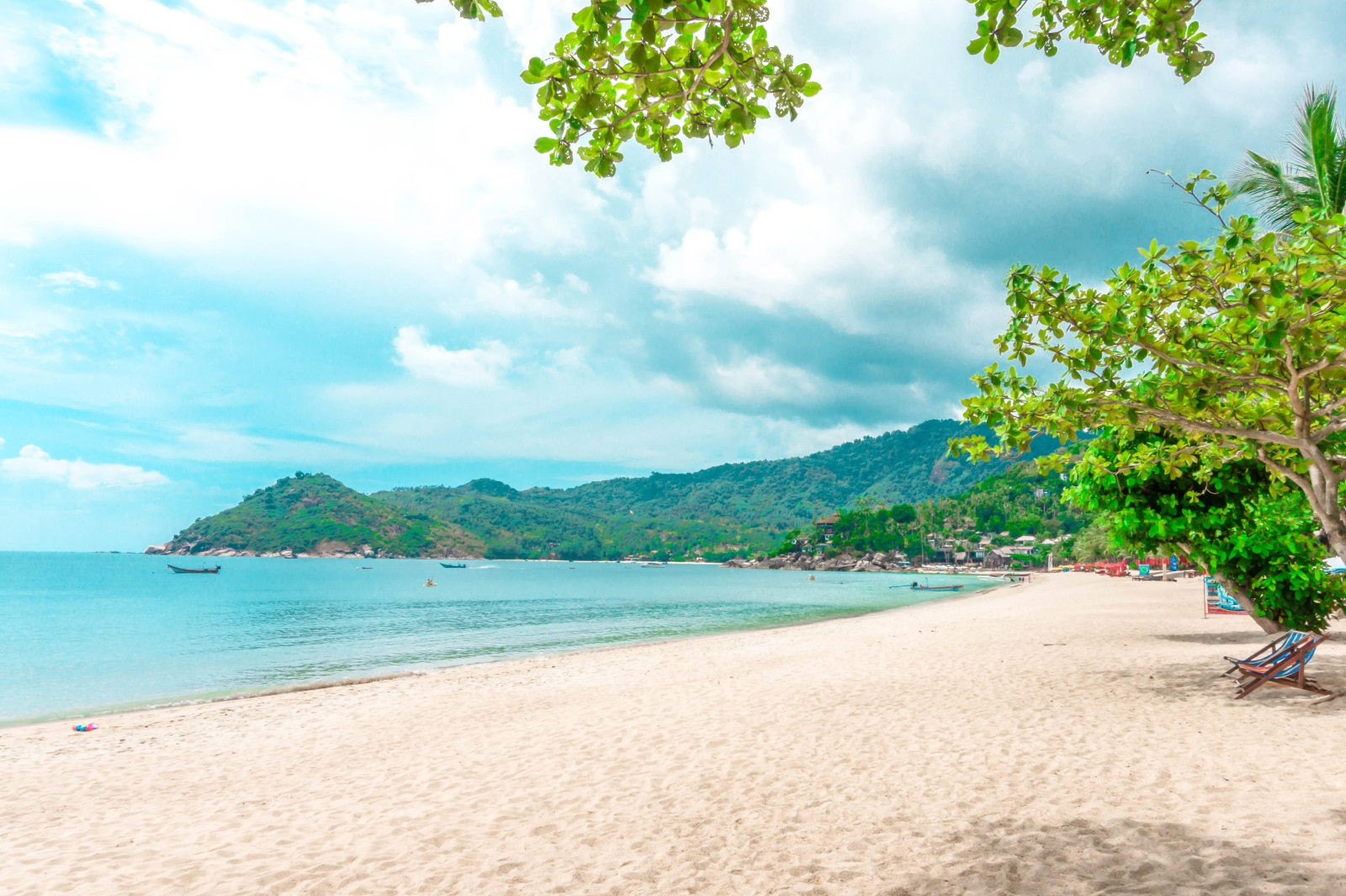 <p>Thong Nai Pan Yai Beach</p>