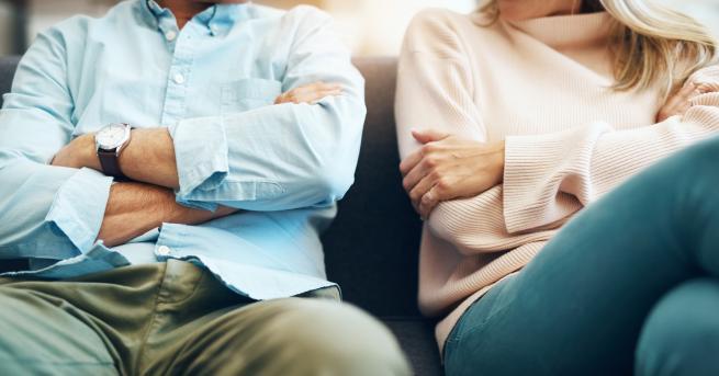 Натовареността на съпругите е огромна, тъй като се грижатедновременно за