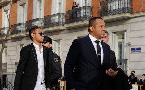 Бащата на Неймар е в Торино, говори за трансфер в Ювентус