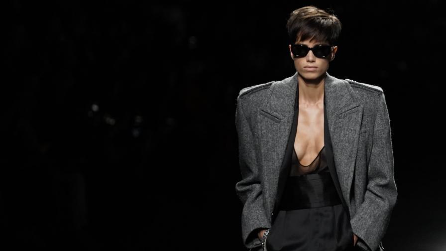 <p>Модното ревю, което за малко да предизвика <strong>природно бедствие</strong></p>