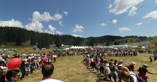 """България Роженският събор събра над 280-хилядна публика """"Роженският събор наистина"""