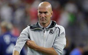 Зидан остава в Реал