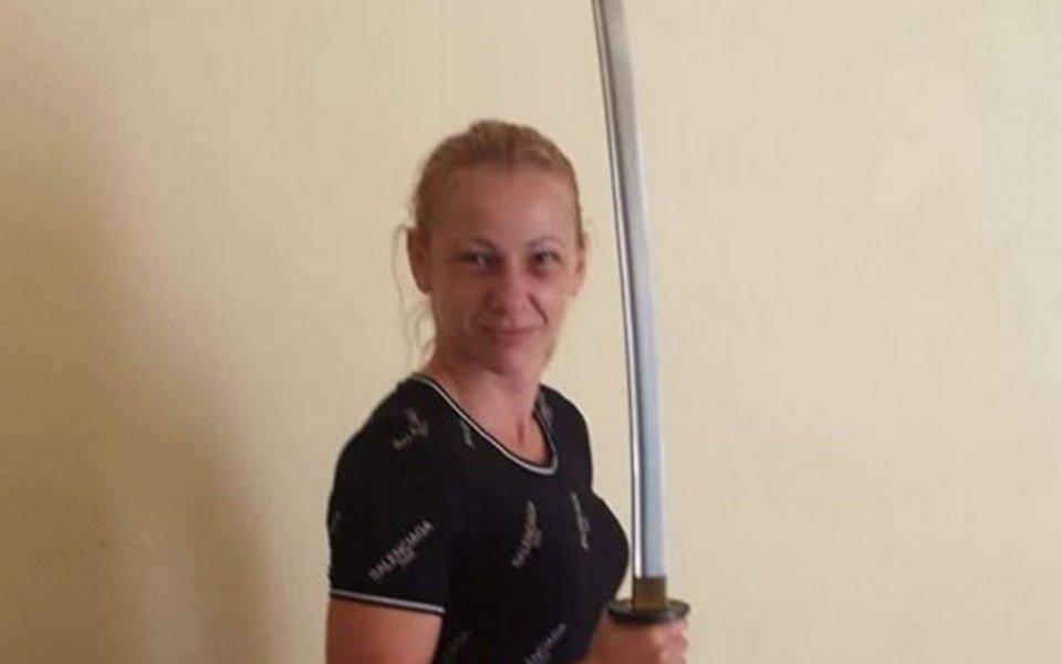 Снимка: Памела Треан излиза срещу Лъвицата в шампионски бой