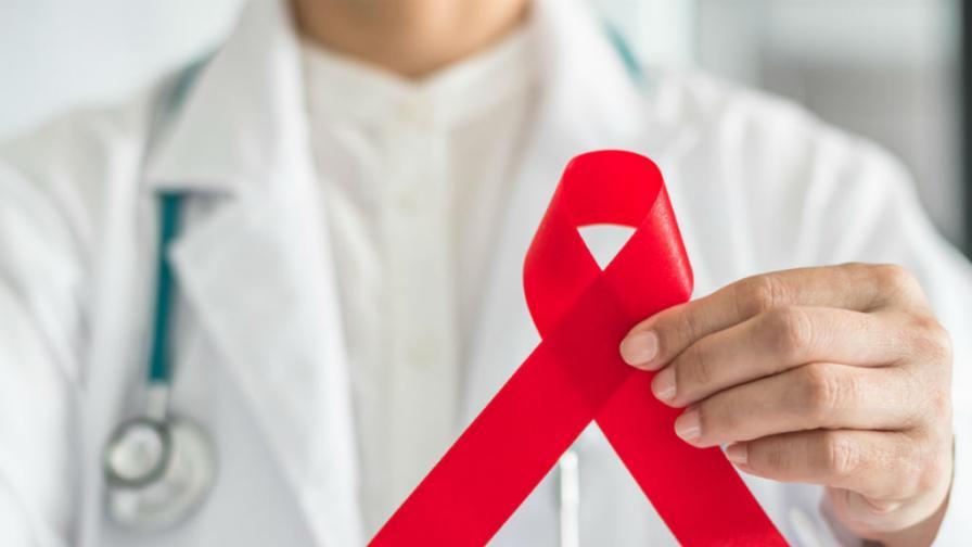 <p>Малък <strong>имплант в ръката</strong> ще се бори срещу <strong>ХИВ/СПИН</strong></p>