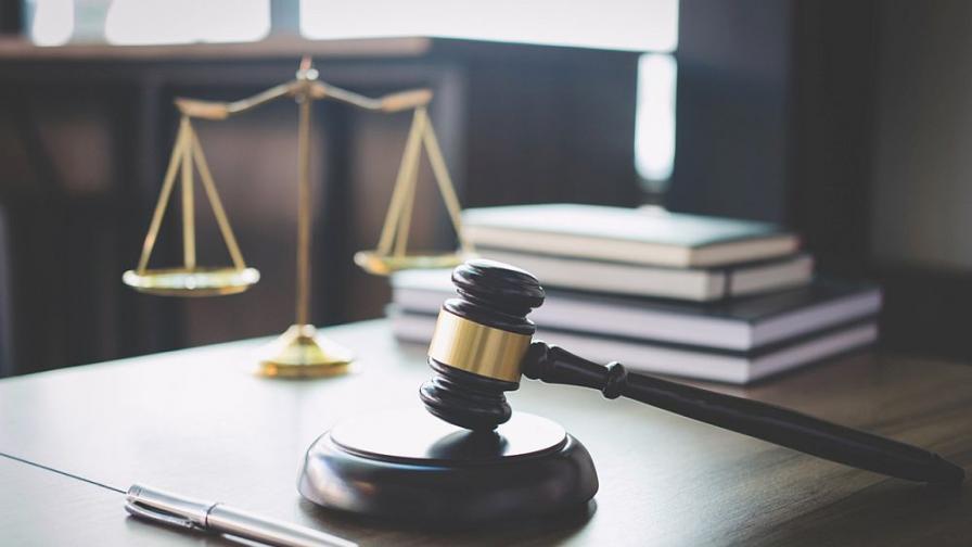 Българка и петима сирийци на съд за финансиране на тероризъм