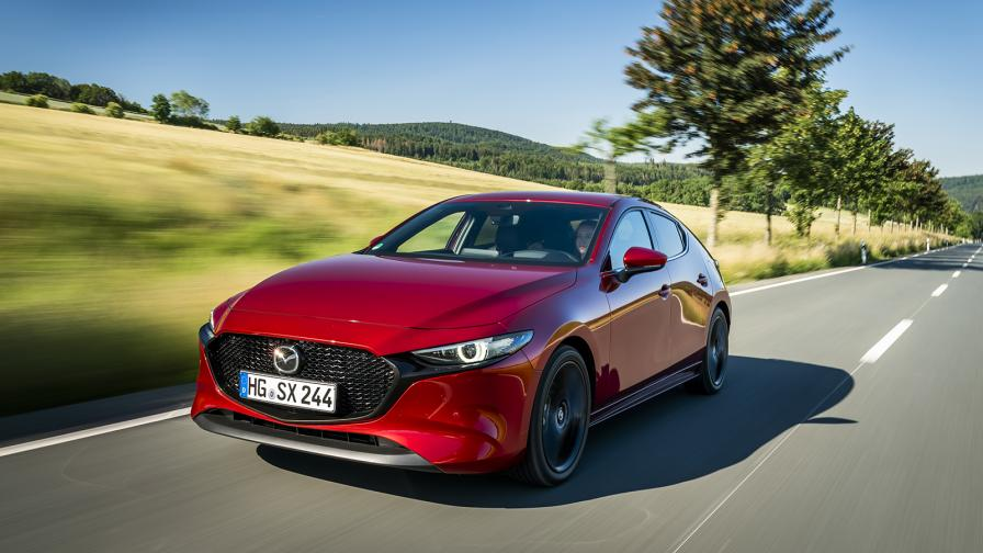 <p>Тестваме революционния двигател на Mazda</p>