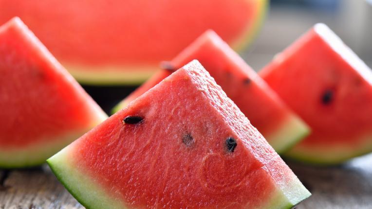 Правилните плодове, които да хапвате, докато сте на диета