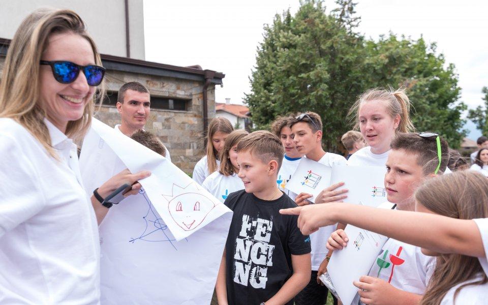 Сто деца научиха как се става шампион по фехтовка в Банско