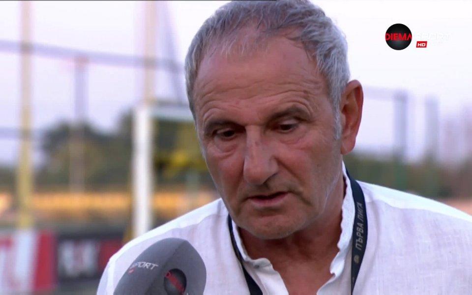 Старши треньорът на Царско село Никола Спасов бе повече от