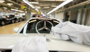 <p>Daimler с глоба до 1 млрд. евро за мръсни дизели</p>