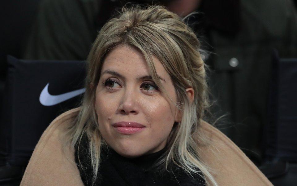 Половинката на футболиста на Интер Мауро Икарди Уанда Нара отново