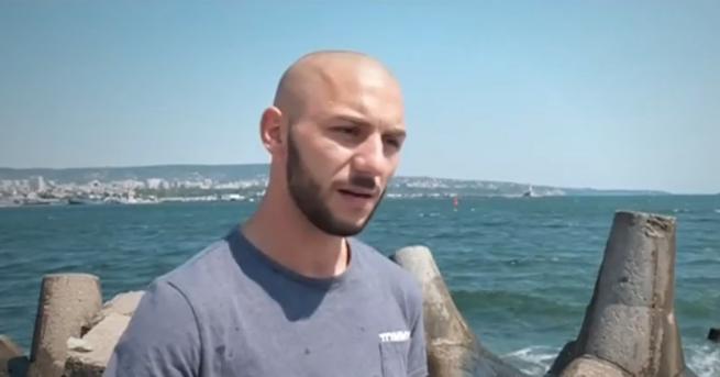 България Млад мъж спаси две деца и оцеля по чудо