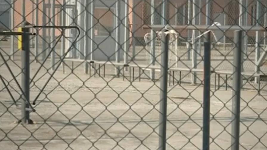 <p>Директор на затвор: Там сигурността не е фокус</p>