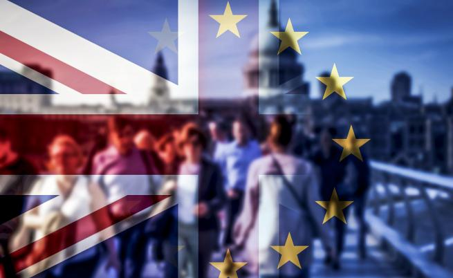 Какво се случва във Великобритания, идват ли избори