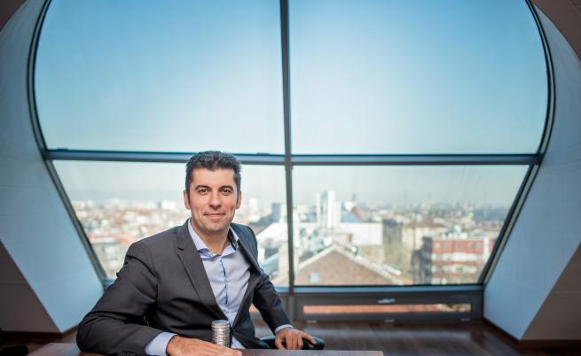 Кирил Петков: Радвам се, че съм успял без корупция - не е лесно, но е възможно