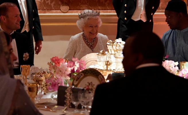 Вредните навици на британското кралско семейство