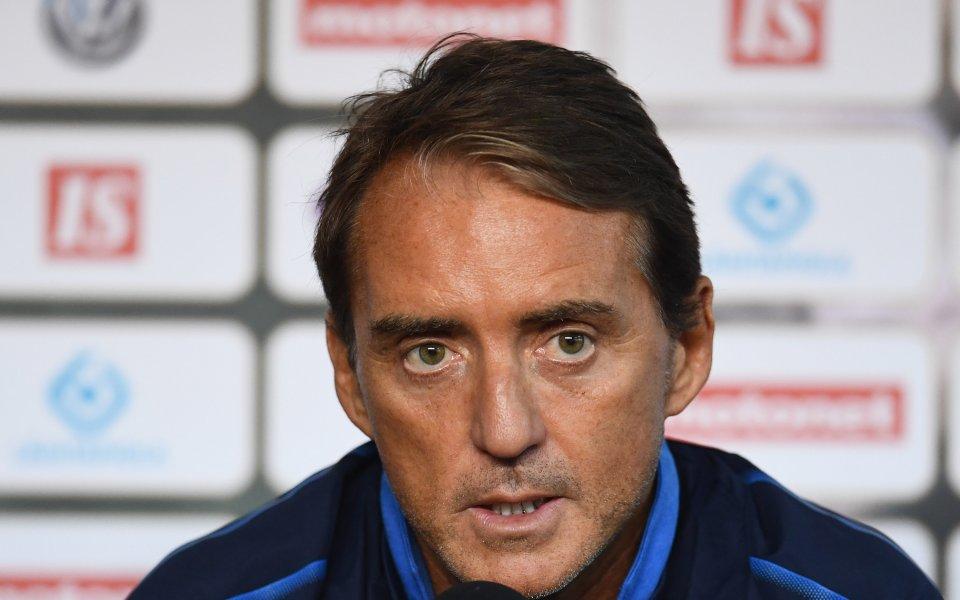 Селекционерът на италианския национален отбор по футбол Роберто Манчини намекна,