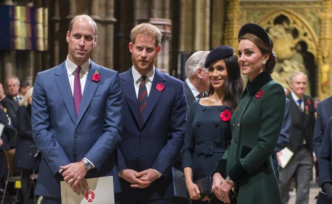Кои са звездите, приятели с британското кралско семейство