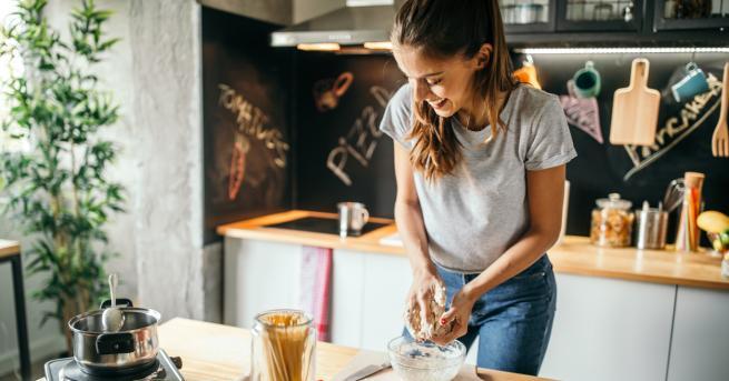 Има няколко уреда в кухнята ни, които използваме всекидневно. Те