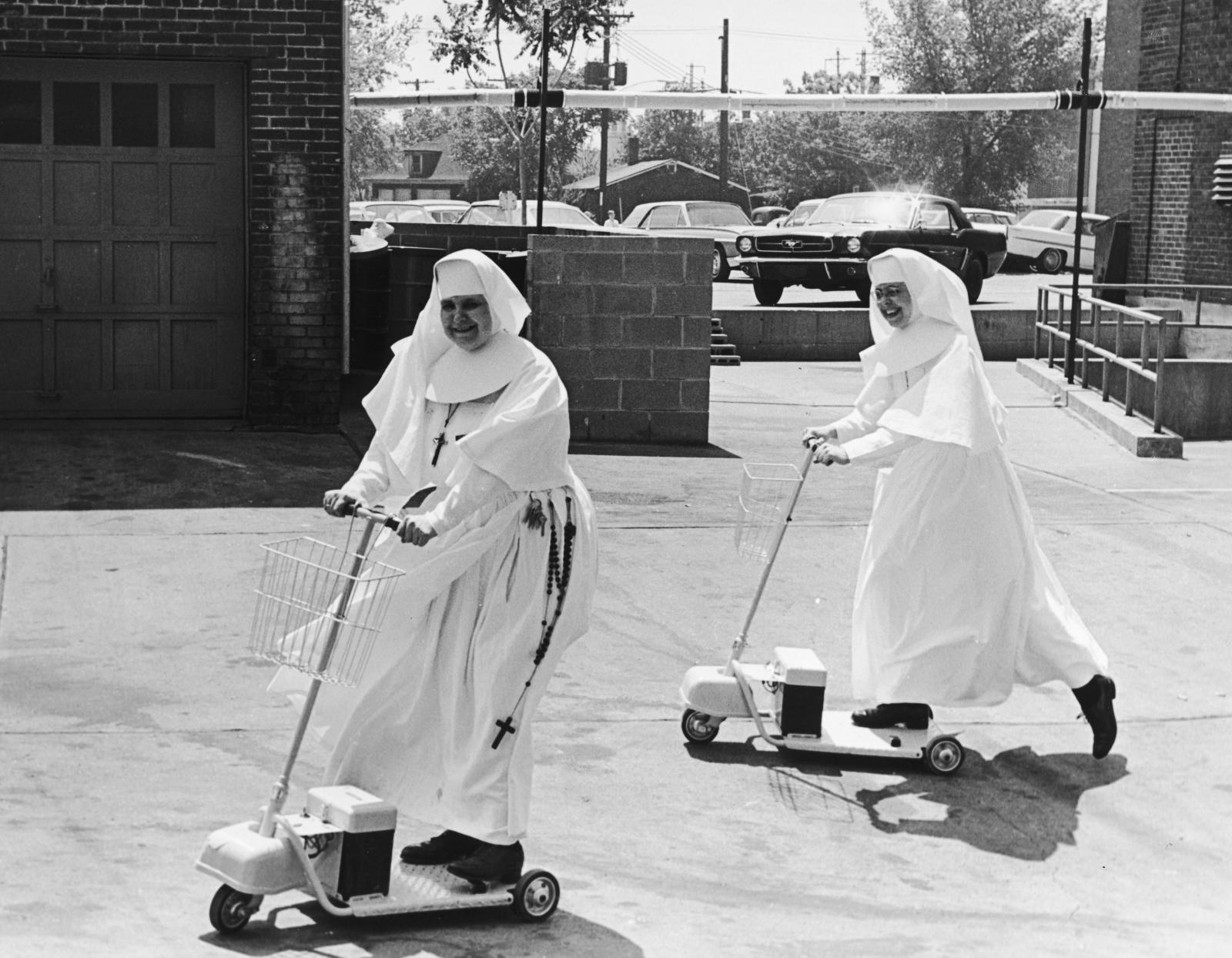 <p>Сестри от болницата &quot;Света Елизабет&quot;, 1955 година.&nbsp;</p>