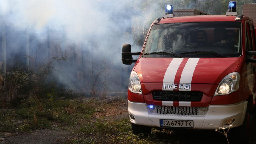 Взрив на химикали за дезинфекция е причинил пожарът в Катуница