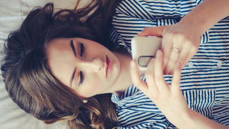 Децата ни са все по-депресирани заради смартфоните. Как да им помогнем?