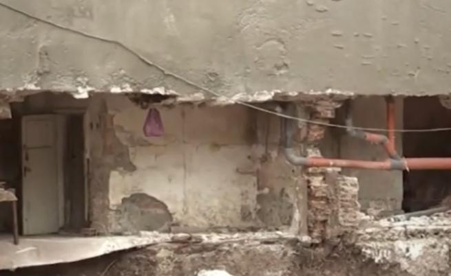 В Бургас: падна стена на сграда заради строеж на друга