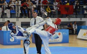 България с две отборни титли на Балканското по таекундо