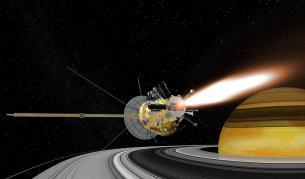 """<p><span style=""""color:#ffbc00;""""><strong>Трагичният край</strong></span> на &bdquo;Касини&rdquo; и разбиването му в Сатурн</p>"""