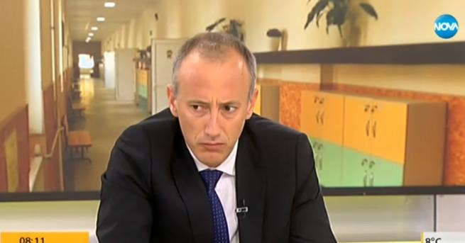 България Учители на протест, министърът: Това е политическа акция На
