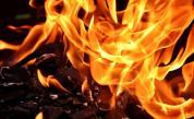 Мъж скочи през терасата, за да се спаси от пожар в дома си