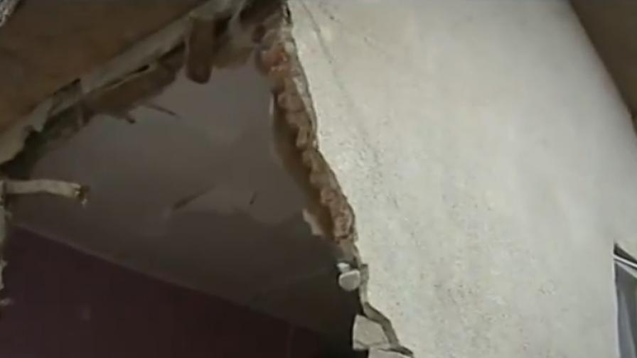 След удар на цистерна, семейство остава без дом