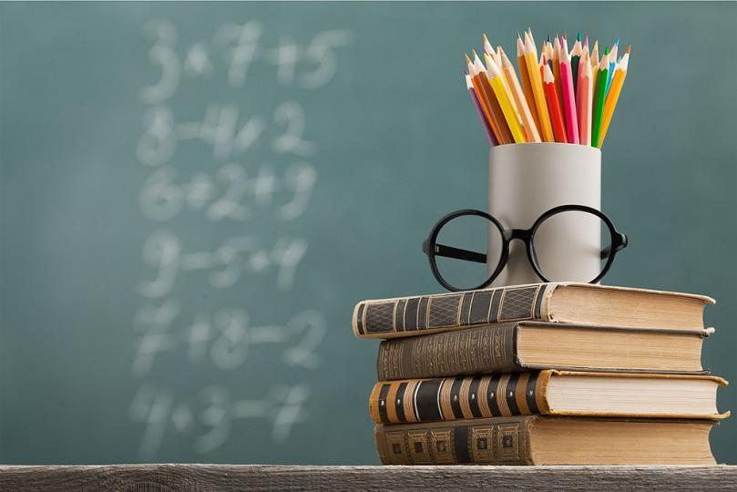 <p>Овен - Точните науки за стихията на Овните. Дай им да се занимават с математика и физика и не им трябва нищо друго.&nbsp;Те са изключително находчиви и усвояват лесно дори най-сложния материал.</p>