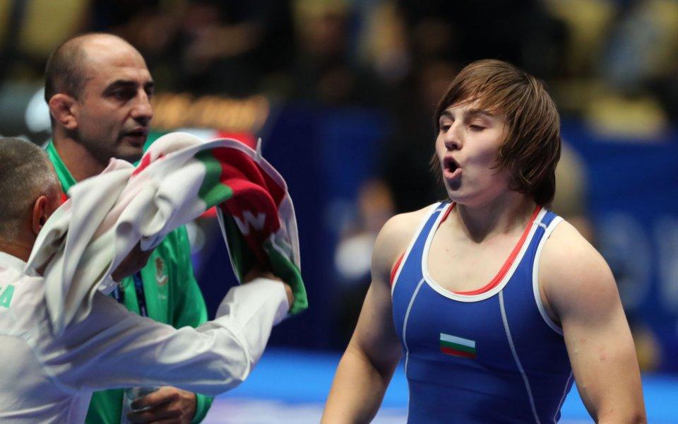 Юлияна Янева загуби битката за бронза в неолимпийската категория до