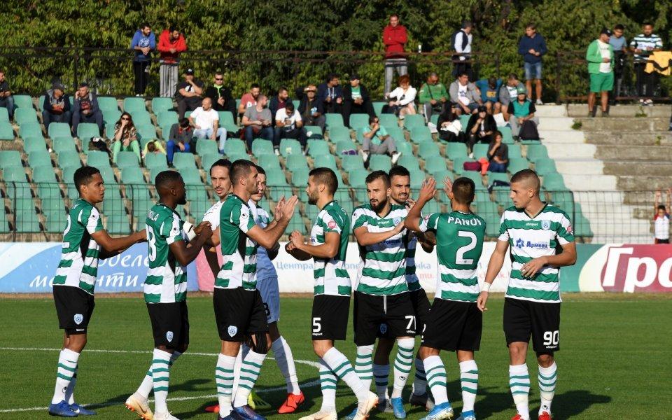Отборът на Черно море победи с 2:0 Ботев Пловдив в