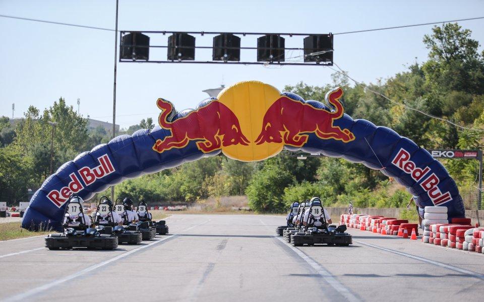 Дрифт легенда специален гост на Националния Финал Red Bull Kart Fight във Варна