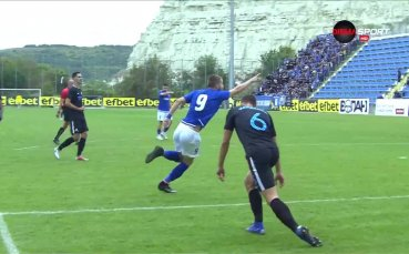 Спартак Варна защити честта си с гол срещу Левски