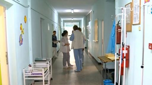 Колективна оставка на медицинските сестри и част от лекарите в болницата в Карлово