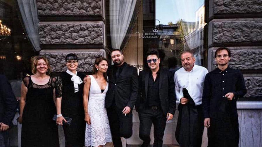 """Катя Тричкова с екипа на филма """"В кръг"""" в Сараево"""