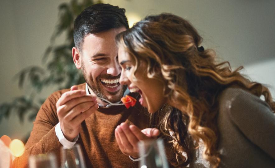 <p>Те винаги намират време за романтична среща поне 1 път в седмицата, колкото и да са ангажирани.</p>